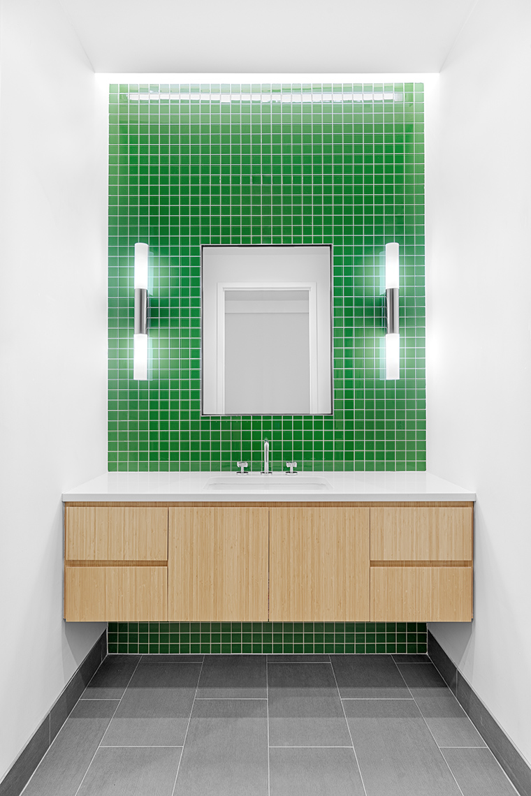Zoe Wetherall / Interior Architecture / Green Bathroom