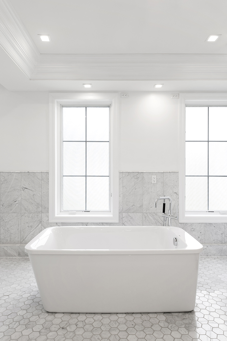 Interior NYC Townhouse Master Bathroom