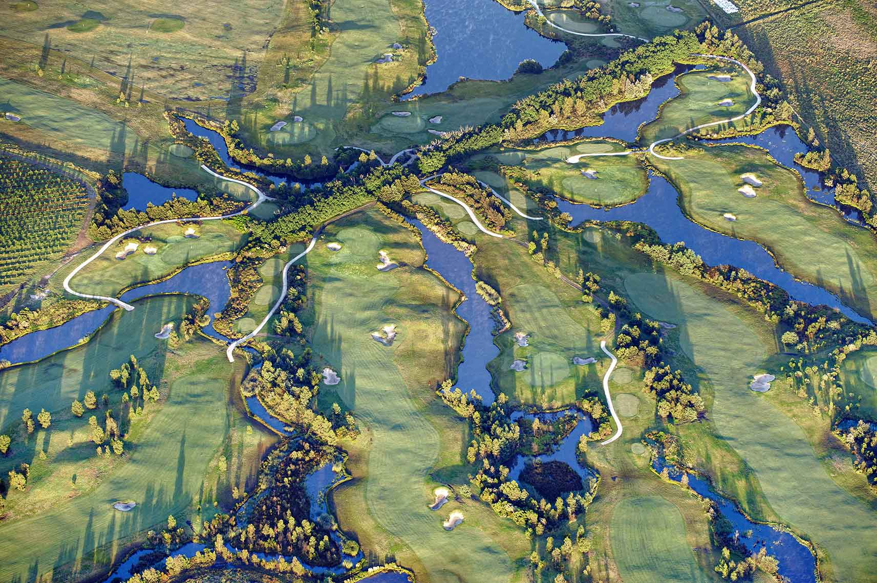 Zoe Wetherall / Earth Series / Golf / Aerial Photography